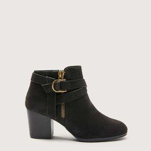 NWT Wide Mid Heel Ankle Bootie Size 10W